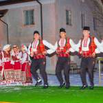 Volkstanz-Gruppe aus Bulgarien beim Advent in Wagrain